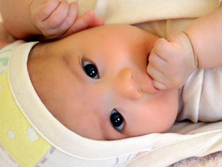 可愛いベビーウェアが似合う赤ちゃん