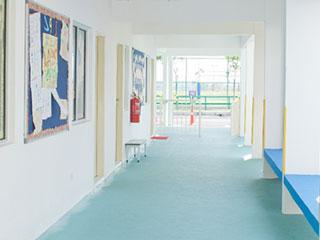 公共施設の廊下