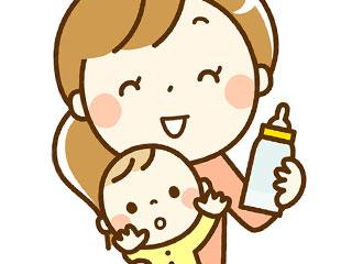 赤ちゃんに哺乳瓶を与える母親