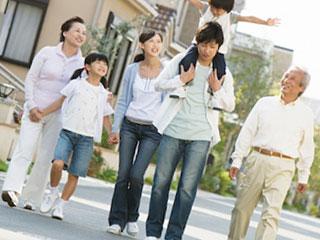 若夫婦一家と両親