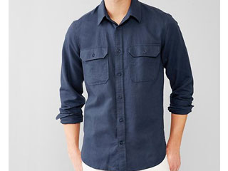 Linen-cotton    two-pocket shirt