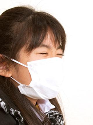 咳が治らない女の子