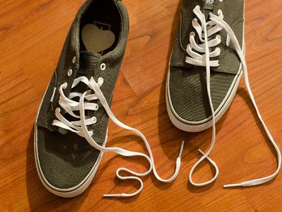 頑固な靴のニオイも重曹で強力消臭