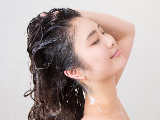 薄毛予防にはシャンプーの仕方も大切