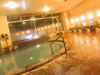 脱衣所も風呂場も暖められている旅館