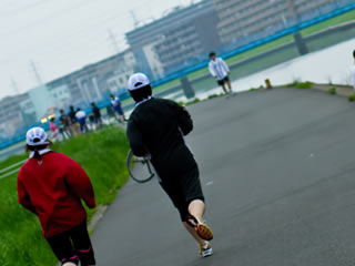 朝活としてジョギングを始めた夫婦