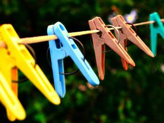 色鮮やかな洗濯バサミ