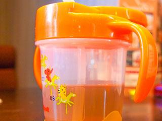 イラスト付きのカップ