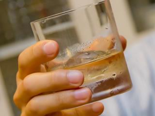 ストレスや疲れを吹き飛ばす乾杯