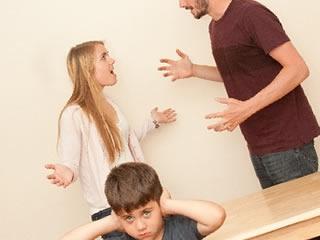 子育てに関する考え方ですれ違い喧嘩する夫婦