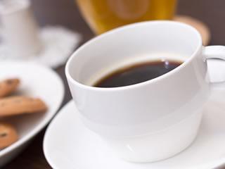 毎日の習慣になっている一杯のブラックコーヒー