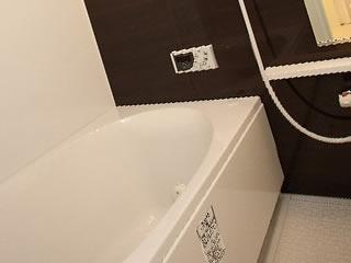 水垢やカビが一切ない清潔な浴室
