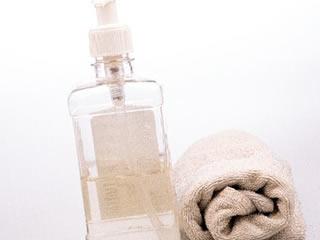 重曹水とクエン酸水を入れるスプレーボトル
