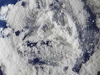 キッチン掃除で便利な重曹の粉