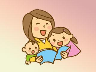 子供に本を読む母親