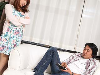 夫との喧嘩が産後ストレスの原因となっている妻