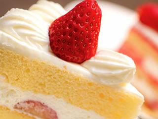 人工甘味料のトレハロースショート入りショートケーキ