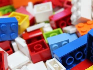 子供が大好きな動物や建物になるレゴブロック