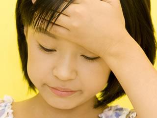 離婚して離れて暮らす父親と合うのが気まずい子供