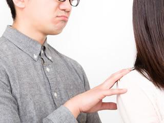 年の差婚をして妻に相手にしてもらえない年下夫