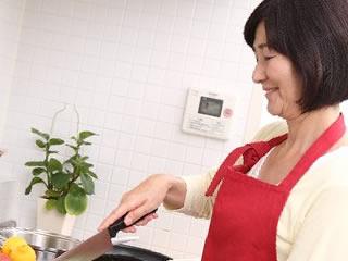 嫁の料理にケチを付けるイジワルな姑