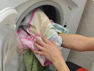 セスキ炭酸ソーダで洗った油汚れの多い洗濯物