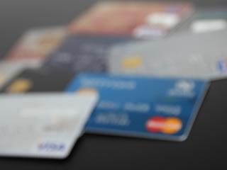 借金をした旦那のクレジットカード