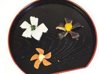 花飾りの煮しめ