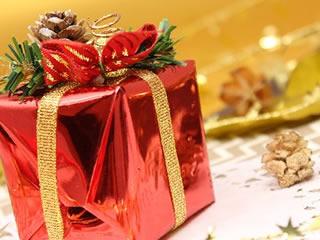 夫婦でプレゼント交換された大切な贈り物