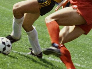 サッカー試合する選手