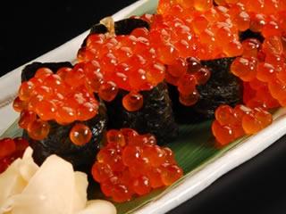 高級寿司屋のいくらとガリ