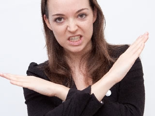 タール色素を禁止するイギリスの女性