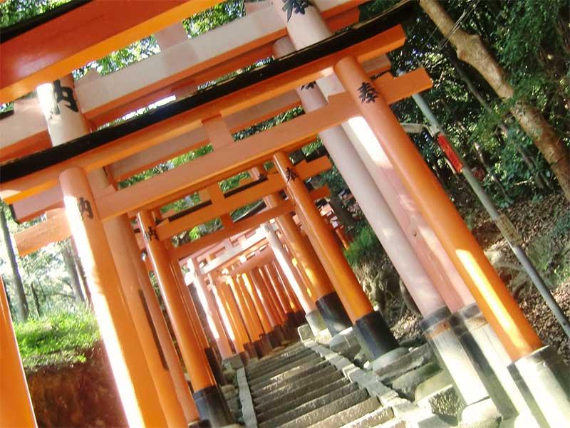 神社の鳥居