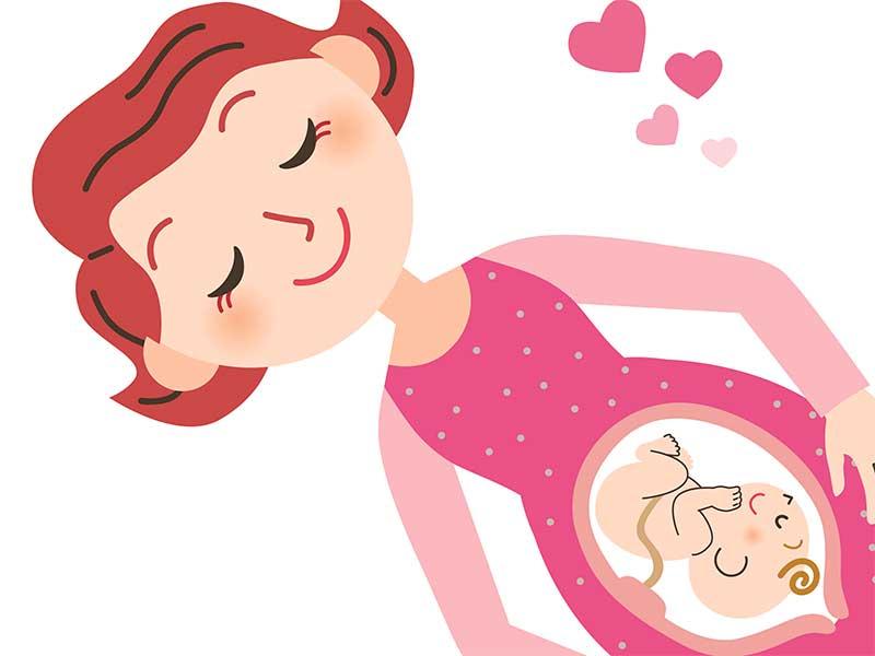 逆子だったのが治って笑顔の妊婦