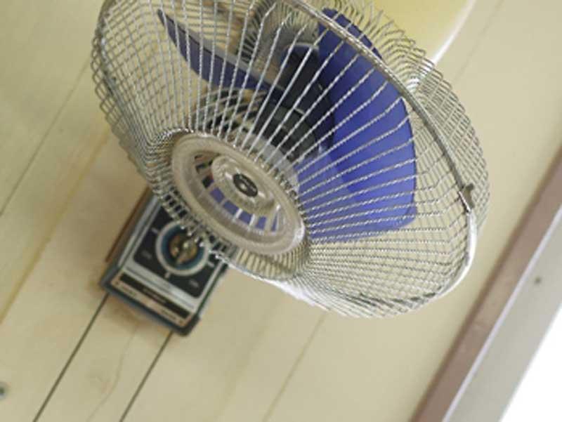 掛け式扇風機