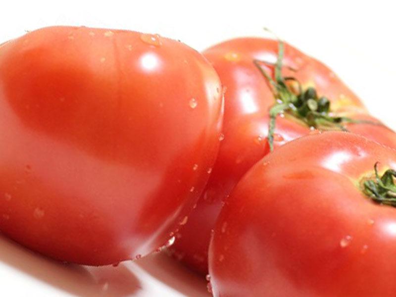 三個トマト