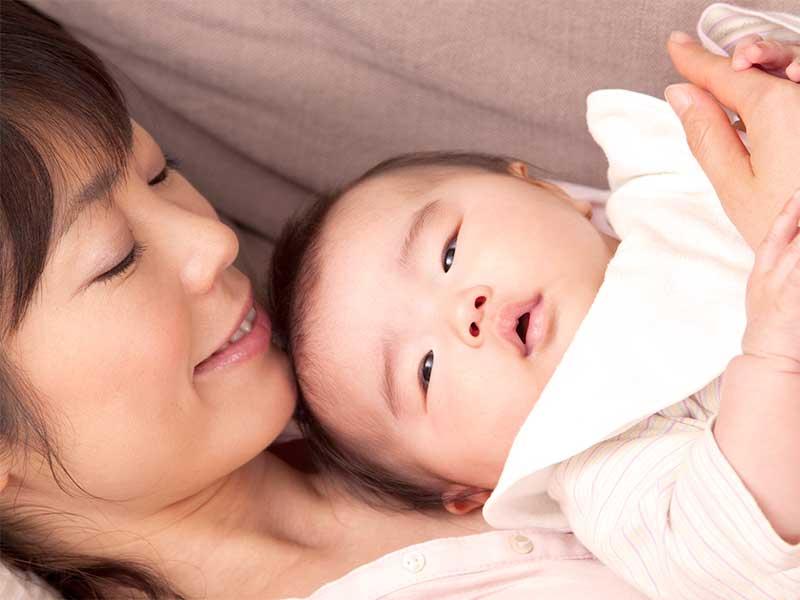 初めて子供を産んだママ