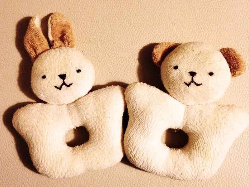 オーガニックコットンタオルのウサギとクマの手作りニギニギ