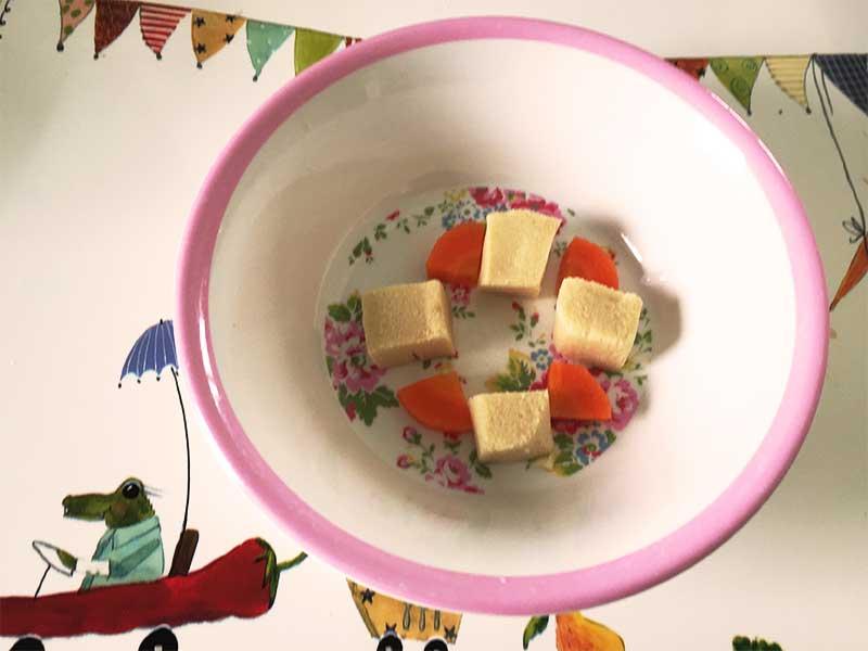 高野豆腐と人参の含め煮