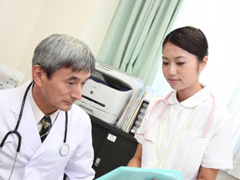 医者と看護婦さん