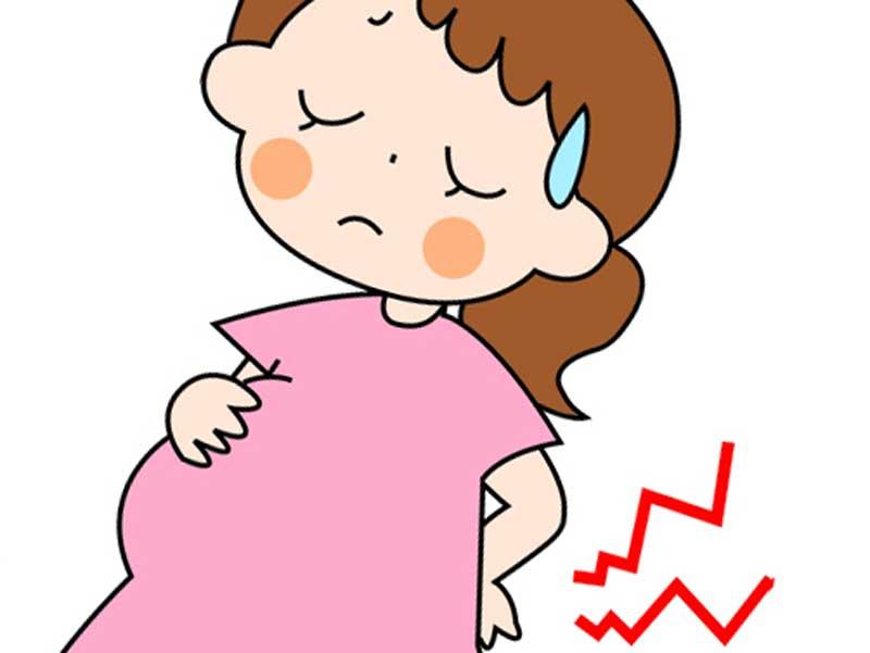 陣痛を感じる妊婦さん
