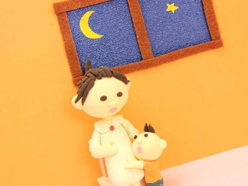 子供と妊婦さんの粘土細工