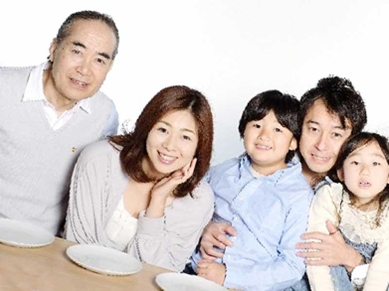 食事後の元気の家族