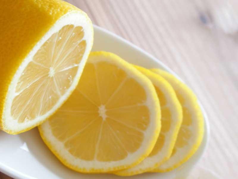 ビタミンCがたくさん含まれているレモン
