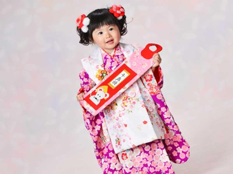 三歳の女の子