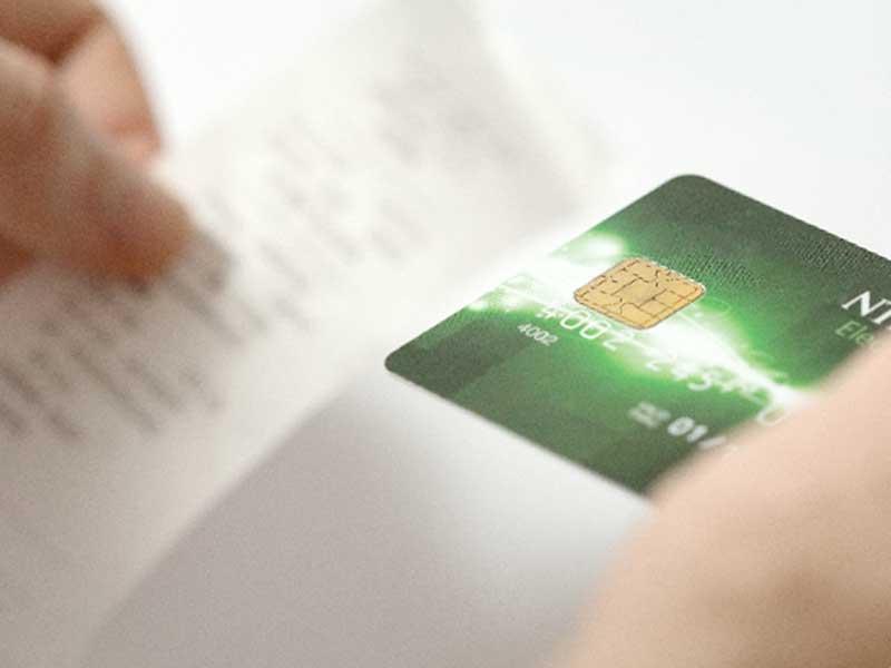 買い物明細とクレジットカード