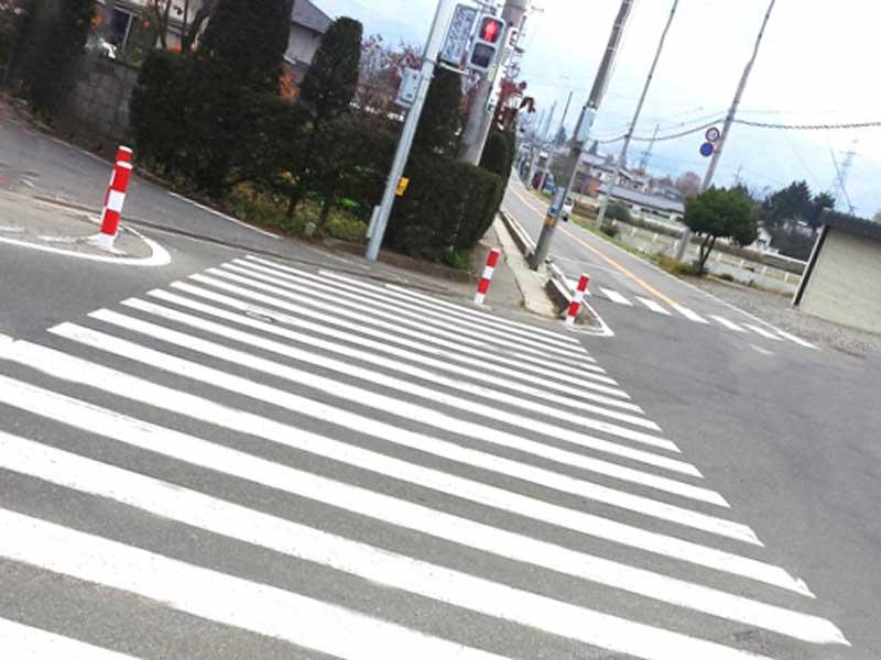 交差点の信号待ち