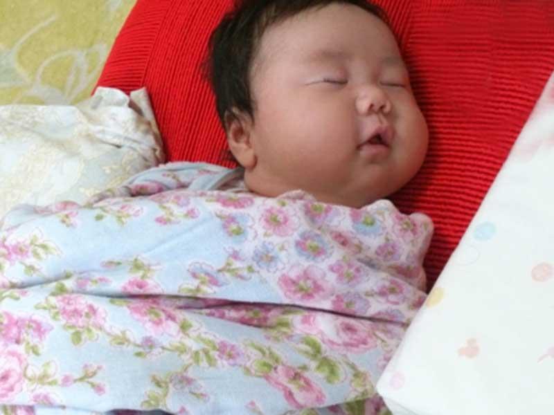 ポッチャリの赤ちゃん