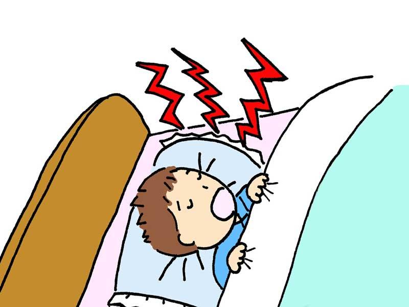 寝ているときにイビキをしている子供のイラスト