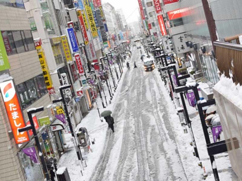 寒い冬の町